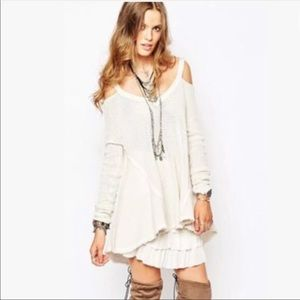Free people v neck cold shoulder sweater